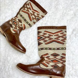 Brown Western Aztec Boots 8